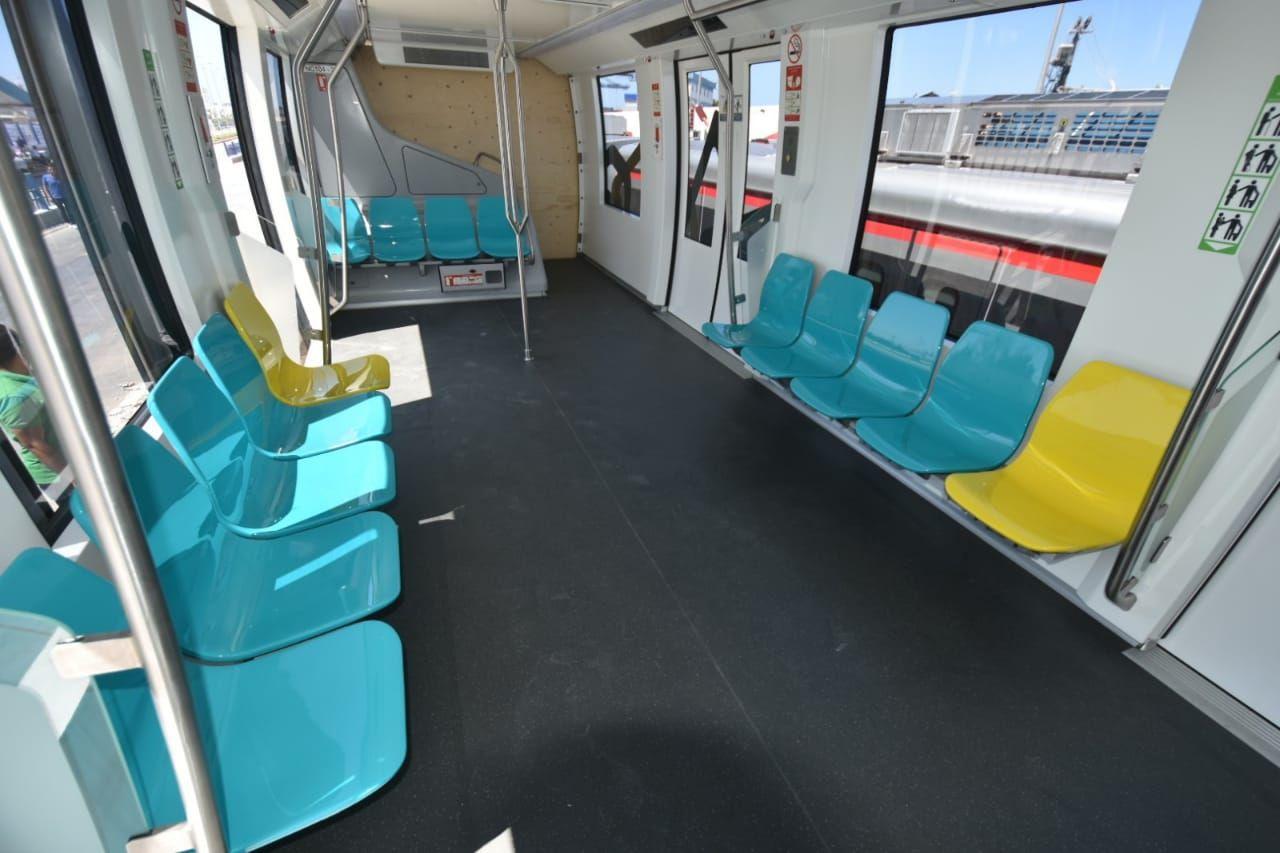 مقاعد القطار