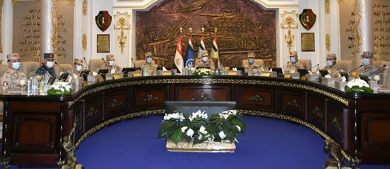 وزير الدفاع يتفقد اختبارات القبول للجامعات العسكرية (6)