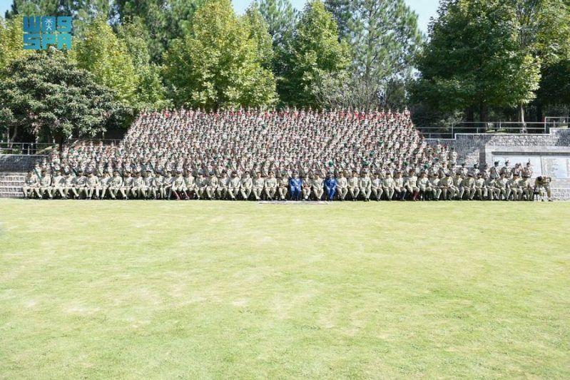 رئيس هيئة الأركان يشهد تخرج طلبة الأكاديمية العسكرية الباكستانية - المواطن