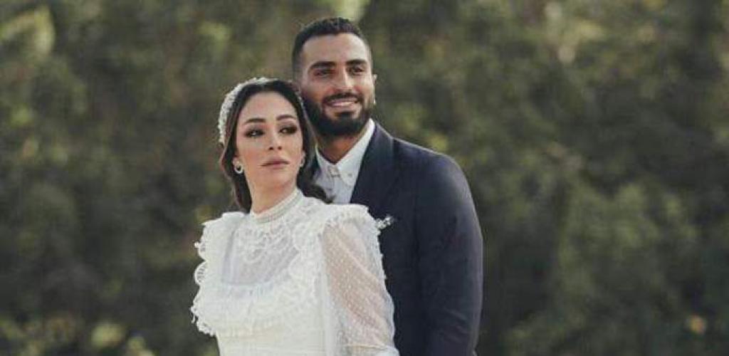 محمد الشرنوبي يوجه رسالة رومانسية لزوجته