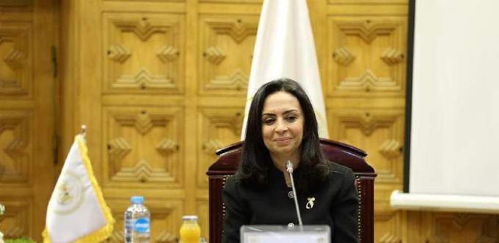مايا مرسي: تشريعات وقوانين وزارة العدل دائما لصالح المرأة