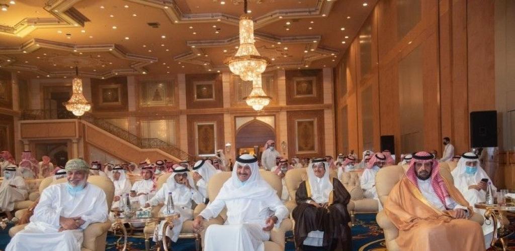 سعد آل سعود يعيد هيبة وجماهيرية الشعر في جدة