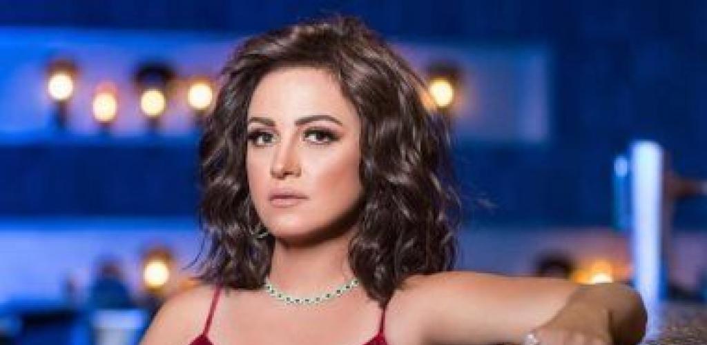 """ريهام عبد الغفور تتعاقد على مسلسل """"قانون العمل"""" وتصور الغرفة 207"""
