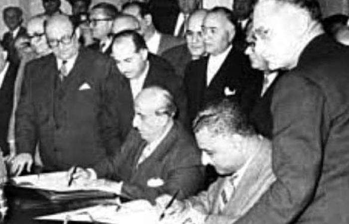 زي النهاردة.. عبد الناصر والقوتلي يوقعان ميثاق الوحدة المصرية السورية