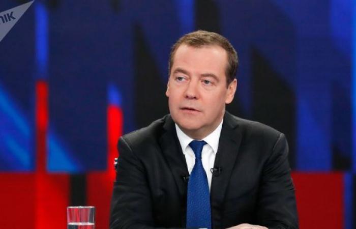 مدفيديف يشدد على توطيد التكامل مع بيلاروس وصولا إلى العملة الموحدة