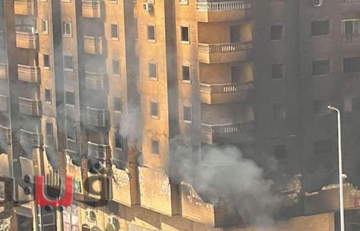 تصدعات وانهيار أجزاء من عقار فيصل المشتعل | صور