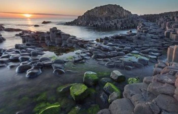 جزيرة للقطط فقط وبحيرة سحرية.. لغز أغرب 20 مكانا حول العالم.. صور