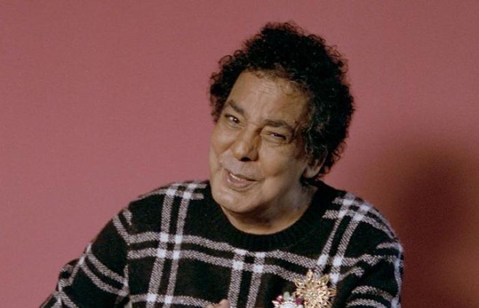 """الكينج محمد منير فى صورة جديدة من كواليس أغنية """"أنا فايق أنا رايق"""""""