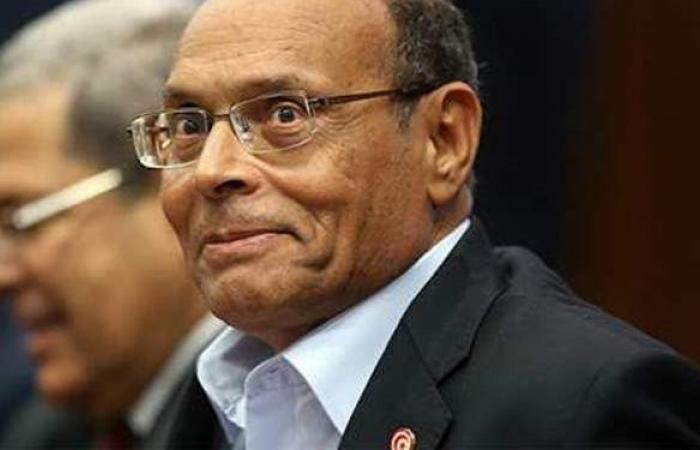 رئيس تونس السابق: الطرد المشبوه تمثيلية مثيرة للضحك