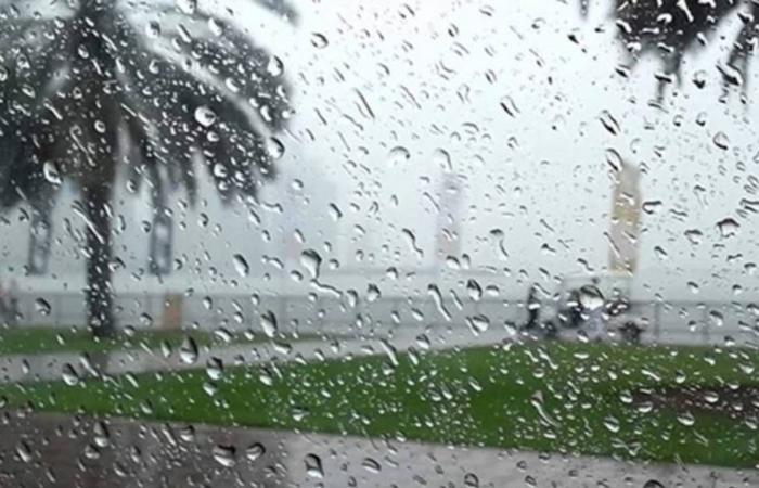«طقس الأربعاء»: 5 مناطق سعودية تتأثر بأمطار رعدية ورياح