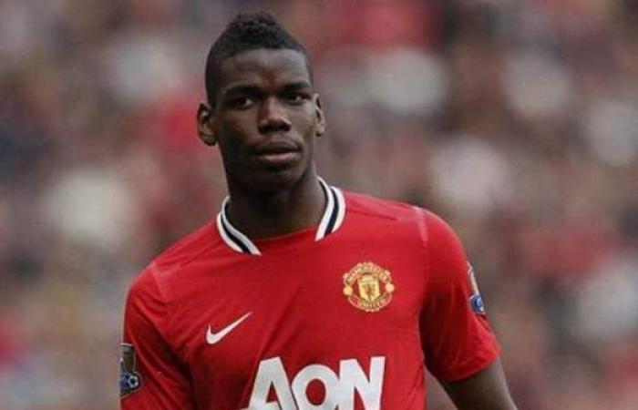 بوجبا يتوج بجائزة لاعب الشهر في مانشستر يونايتد