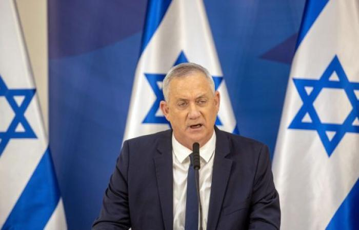 استطلاع إسرائيلي: غانتس خارج الكنيست