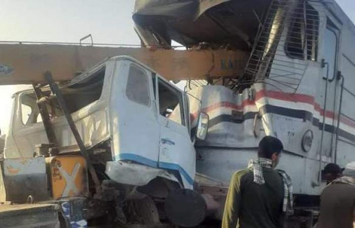 أول صور لحادث قطار أسيوط