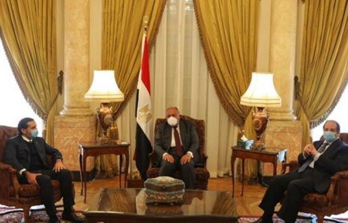 وزير الخارجية ورئيس المخابرات يلتقيان رئيس وزراء لبنان المكلف