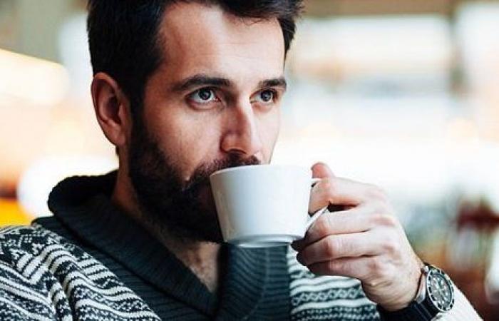 تناول القهوة يوميا له تأثير مذهل على الرجال