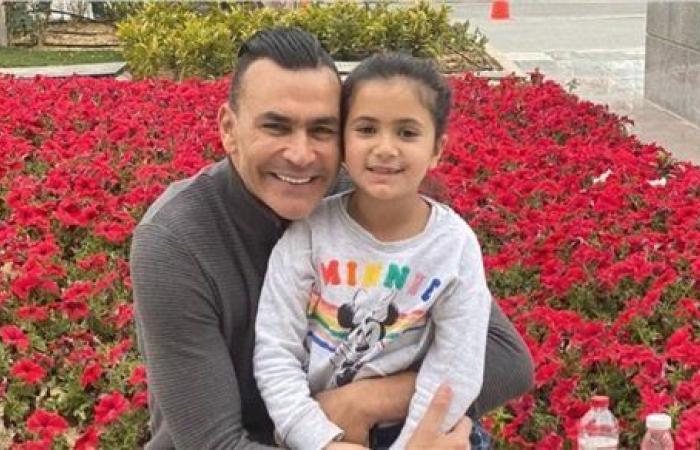 شاهد   عصام الحضري يخطف قلوب متابعيه برفقة ابنته
