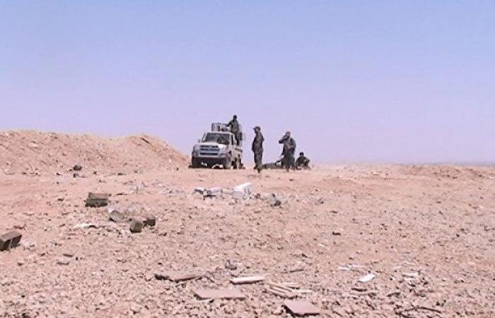 "مقتل 12 عسكريا سوريا في هجوم لـ""داعش"" وسط سوريا"