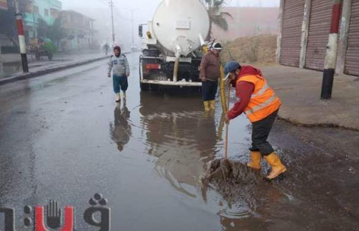 كسح تجمعات مياه الأمطار في الدقهلية   صور