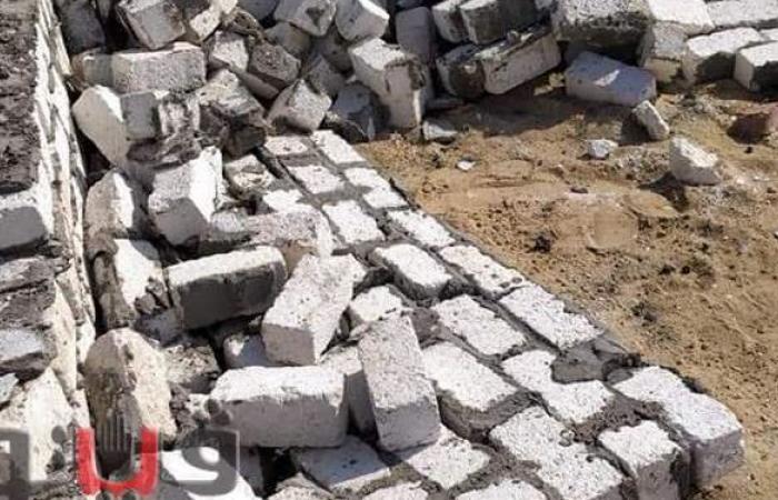 إزالة فورية لبناء مُخالف داخل منطقة مقابر حنيدق في الإسماعيلية |صور