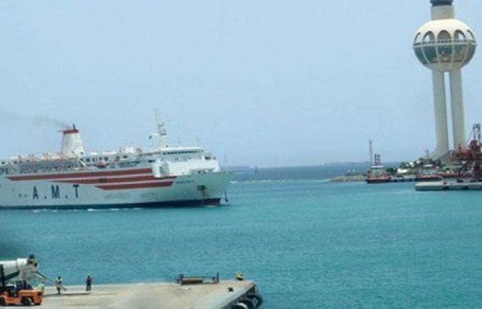 بعد إغلاق مؤقت..استئناف حركة الملاحة البحرية في ميناء جدة