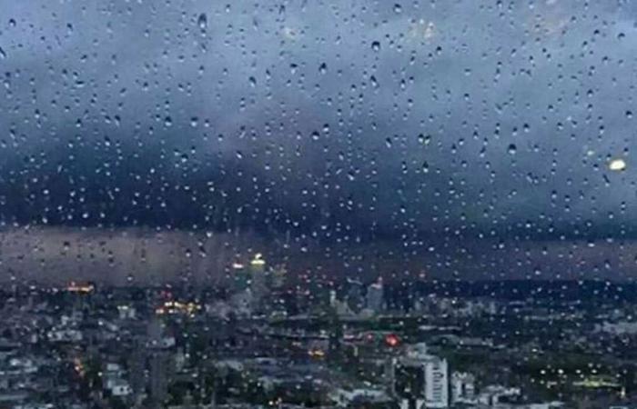 «الحصيني»: هطول أمطار مع حبات برد على مناطق عدة بالمملكة