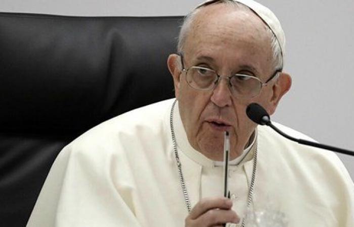 بابا الفاتيكان يفتح الباب.. تعيين أول امرأة في منصب رفيع بمجمع الأساقفة