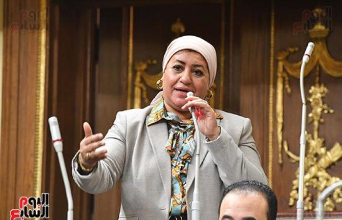"""رئيس مجلس النواب للأعضاء: """"اشهدوا على أنفسكم..انتوا بتضيعوا الوقت بالكلام """""""