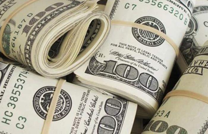 الدولار يتراجع 3 قروش بنهاية تعاملات اليوم الأحد 7 -2-2021