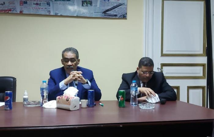 نقيب الصحفيين يعلن انتهاء أزمة النادى البحرى وبدء الإنشاء بالإسكندرية قريبا