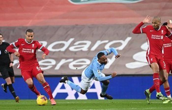 إهدار ضربة جزاء.. ليفربول ومانشستر سيتي حبايب فى الشوط الأول بـ الدوري الإنجليزي