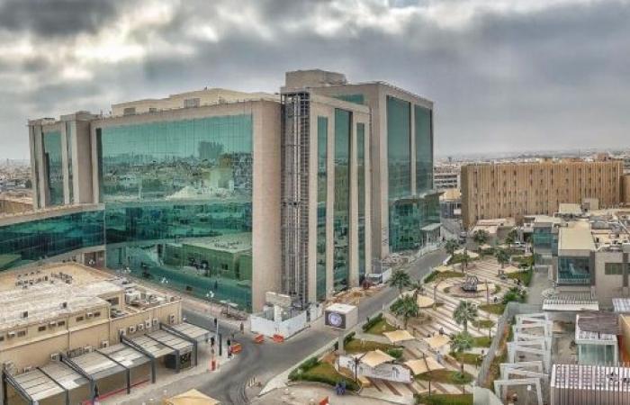 سعود الطبية: جراحة نوعية تنقذ حياة شاب تعرض لحادث سير