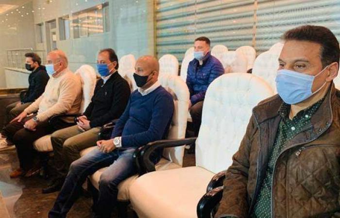 جهاز المنتخب الوطني يحضر لقاء الزمالك والاتحاد السكندري