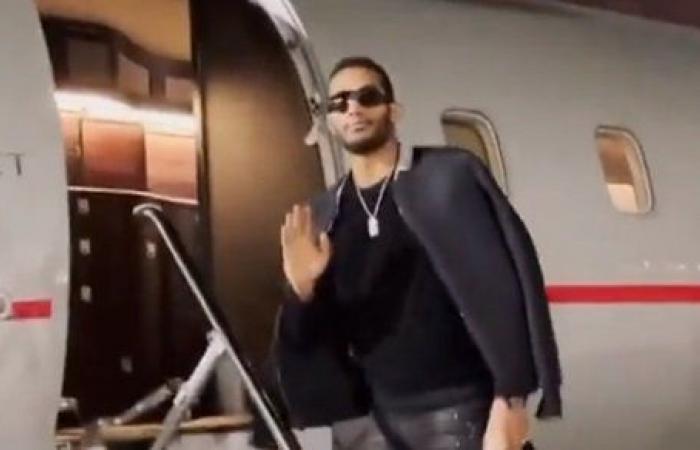 من الطائرة.. محمد رمضان يوثق عودته لمصر لتصوير مسلسل موسى
