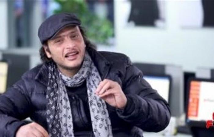 """وائل الفشني يقدم شخصية عبده الحامولي في مسرحية """"ألمظ وسي عبده"""""""