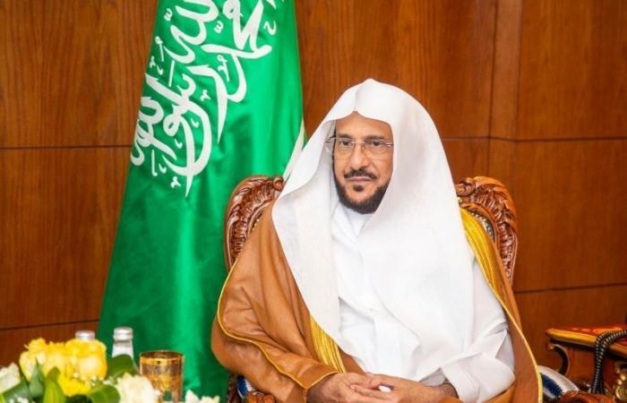 وزير الشؤون الإسلامية: لا تكونوا سببًا في غلق المساجد