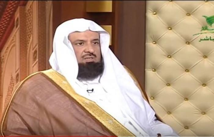 السند يوضح حكم طلب المرأة للطلاق من زوجها لأنه لا يصلي