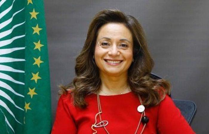 إعادة انتخاب أماني أبو زيد لمنصب مفوض الاتحاد الإفريقي للبنية التحتية والطاقة