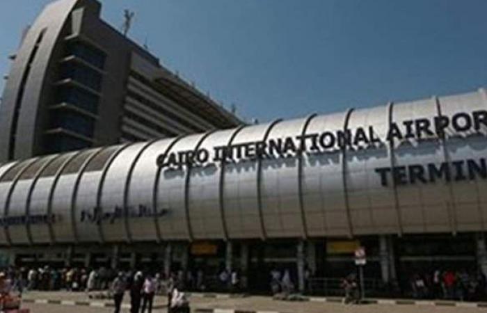 إقلاع ووصول 173 رحلة جوية لنقل 15 ألفا و568 راكبا بمطار القاهرة