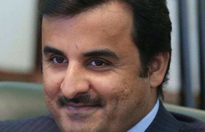 """أمير قطر يمارس الرياضة وبناته في """"يوم استثنائي"""" والشيخة موزا تعلق... صور"""