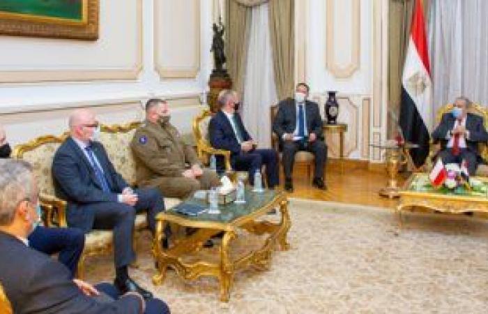 وزير الإنتاج الحربى يناقش مع السفير البولندى سبل تعزيز التعاون المشترك