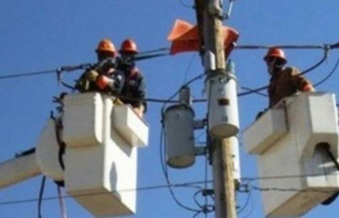 255 مليون جنيه لتطوير شبكة الكهرباء بالوادى الجديد