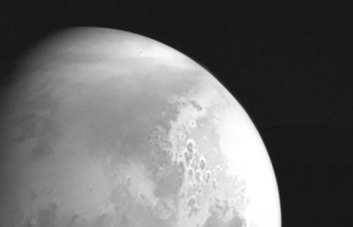 الإمارات بين 5 دول تصل إلى الكوكب الأحمر… 23 معلومة عن تاريخ استكشاف المريخ