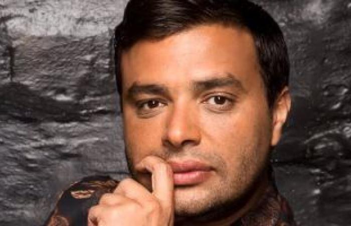 """رامي صبرى يشوق جمهوره بمقطع من """"عيونه لما قابلونى"""" قبل طرحها فى عيد الحب"""