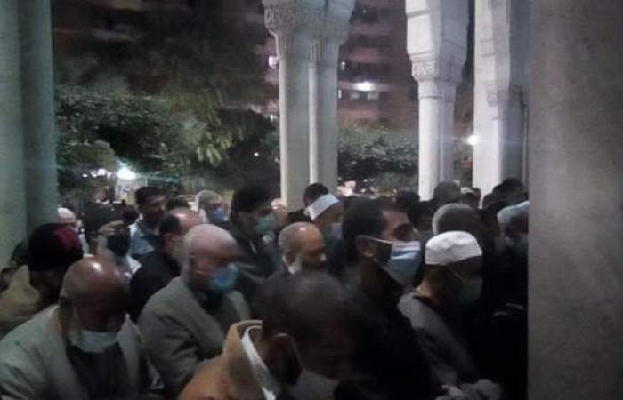 تشييع جثمان الشيخ كرم زهدي من مسقط رأسه بالمنيا | صور