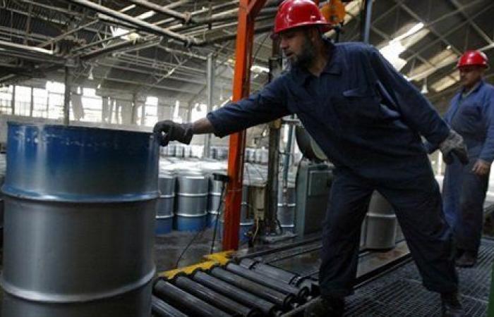 اقتصاد عمان .. 730 ألف برميل نفط خام إنتاج يومي في يناير