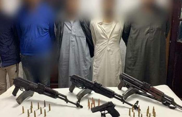 إرسال ٣ بنادق وطلقات نارية للمعمل الجنائي في مقتل مالك كبابجي الفقير