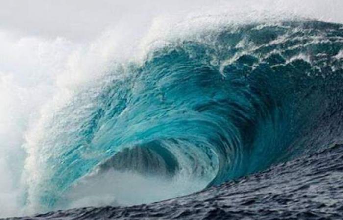 وسط مخاوف من تسونامي.. زلزال بقوة 7.7 ريختر يضرب المحيط الهادئ