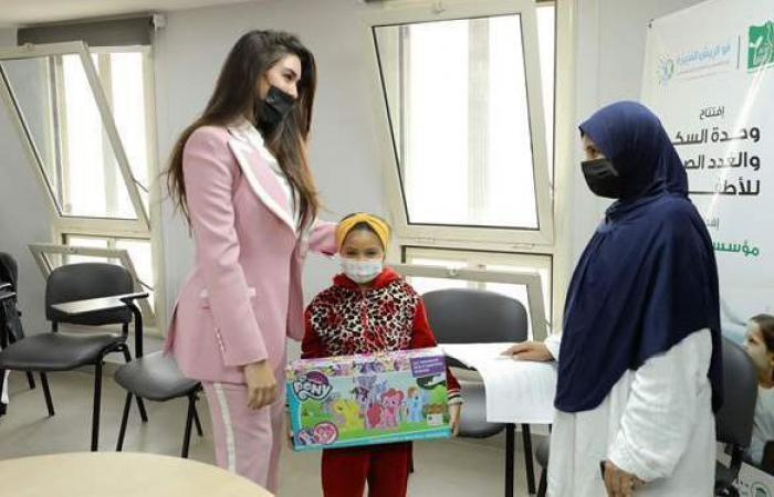 ياسمين صبري تزور مستشفى أبو الريش