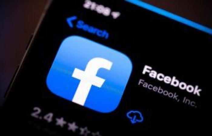 """فيس بوك يبدأ المرحلة الثانية من خطة زوكربيرج لتقليل """"المحتوى السياسى"""""""