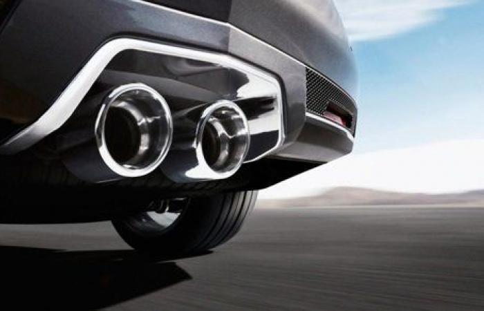 تعرف على سر اختلاف عدد فتحات الشكمان في السيارات
